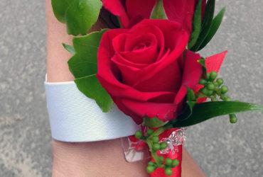 Bukiety i butonierki na ślub